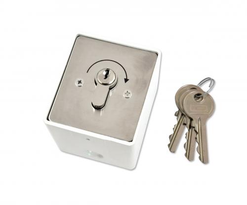 Łącznik impulsowy kluczykowy natynkowy